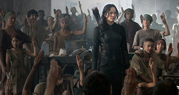 The Hunger Games: Mockingjay Part 1 Review (Midnight Movie Madness)
