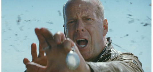 Looper - Trailer Preview